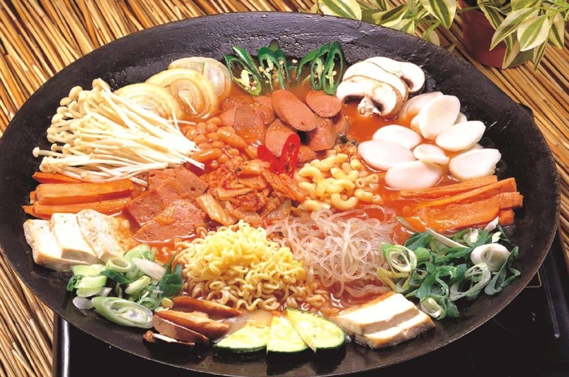 Budae Chigae - Korean Army Stew