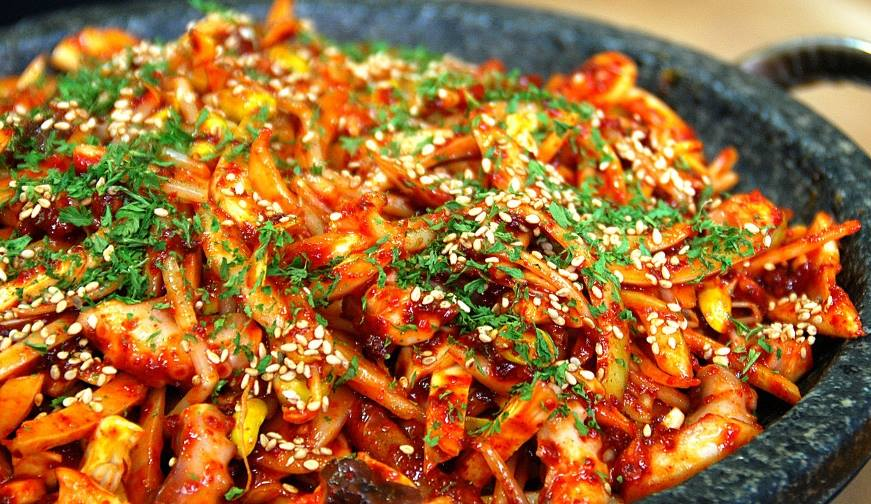 Delicious seafood recipe korean cuisine recipeskorean cuisine recipes are you into seafood like me why not try making a spicy and savory squid stir fry dish for dinner tonight this can be served with a bowl of steamed rice forumfinder Image collections